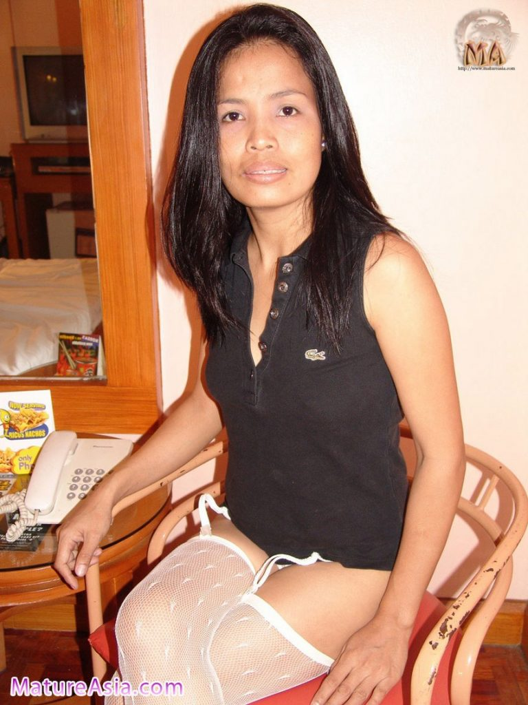 34yo Filipino wife Ashley